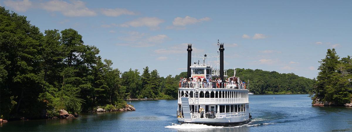 CAA-Niagara_Kingston-Boat