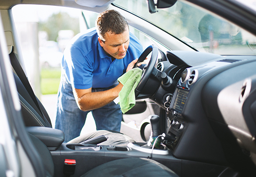 Car-Cleaning-Interior-featured