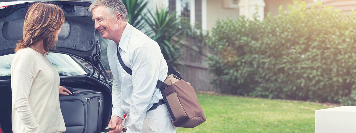 Leaving-Couple